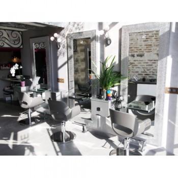 Salon de coiffure Cahors REVOLUTION'R, coiffeur Cahors, coiffeuse à Cahors pour hommes, femmes et enfants.