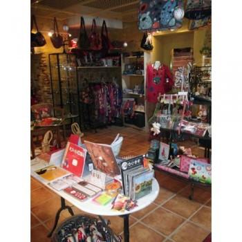 LIMITROFF Cahors, boutique de décoration et objets cadeaux à Cahors.