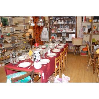ISA DECO Cahors, magasin de décoration à Cahors, sacs, vêtements, vintage, linge de maison et accessoires de mode à Cahors